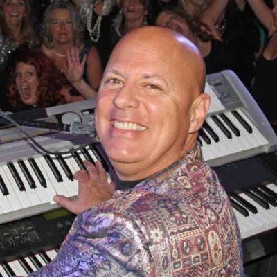Andrew Johns Vancouver Singer/Pianist/Entertainer