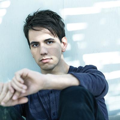 Cody Karey Vancouver Vocalist
