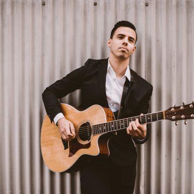 Lennt Pallerstein Vancouver Pop Guitarist