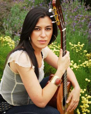 Stephanie Pedraza Vancouver Singer/Guitarist