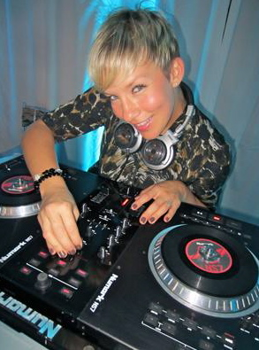 Vancouver DJ Leanne GirlOnWax