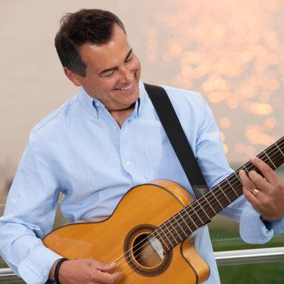 John Gilliat Vancouver Latin Guitarist