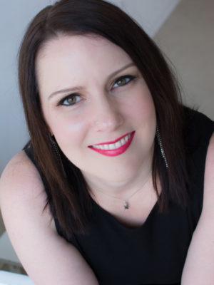 Jen Lwin Vancouver Singer/Pianist