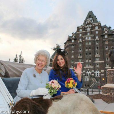 Carolyn Sadowska, Vancouver Queen Look-alike